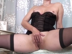 Kitty Creamer - Mature Model
