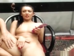 Cam girl gives a double penetration w dildo
