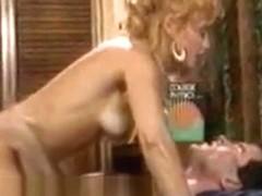 Nina Hartley creampie odbytu