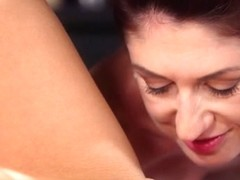 Anna Rose & Wanessa Cooper in Czech Girls Slow Sensual Oily Sex - MassageRooms