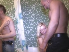 Angie Koks & Yan & Foxy Di & Matt in Hot Sex Party In A Bathroom - YoungSexParties