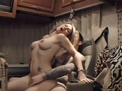 p1i81_Sextape_In_Trailer df