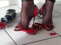 Nylon High-Heels car crush