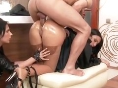 Arab whore Anissa fucked in butt whilst Amel Annoga sucks the shaft